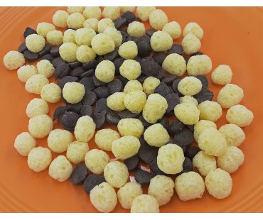 Chocolate Chip & Puffs Snack Pack