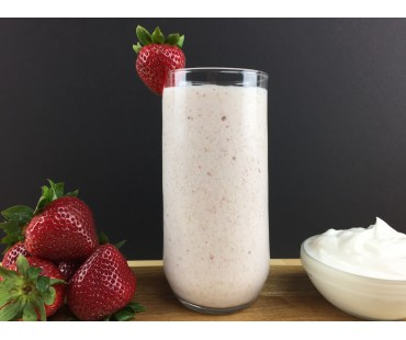 Low Carb Strawberry Yogurt Smoothie