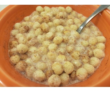 Low Carb Cinnamon Toast Puffs Cereal & Milk