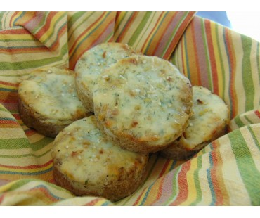 Low Carb Sour Cream and Onion Bread Rounds - Fresh Baked